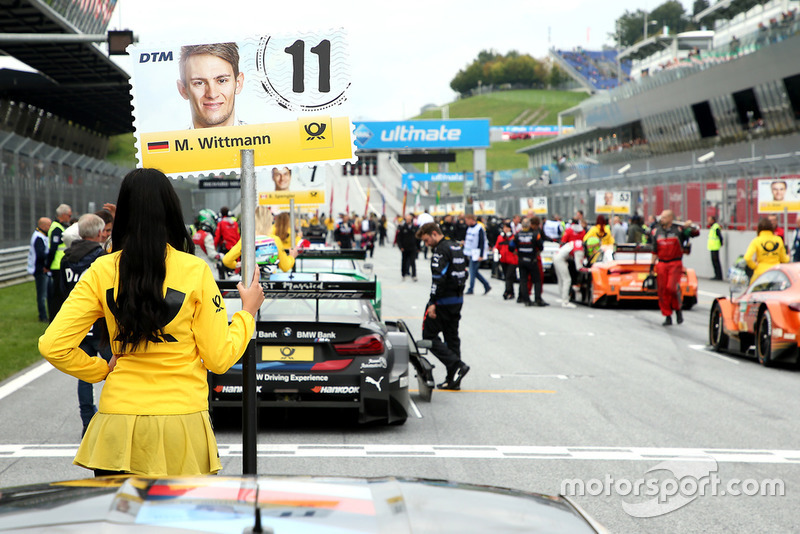 La grid girl di Marco Wittmann, BMW Team RMG