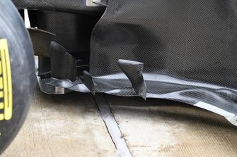 Аэродинамический элемент Mercedes AMG F1 W09