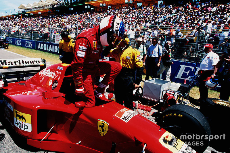 Jean Alesi, Ferrari 412T2, avant le départ
