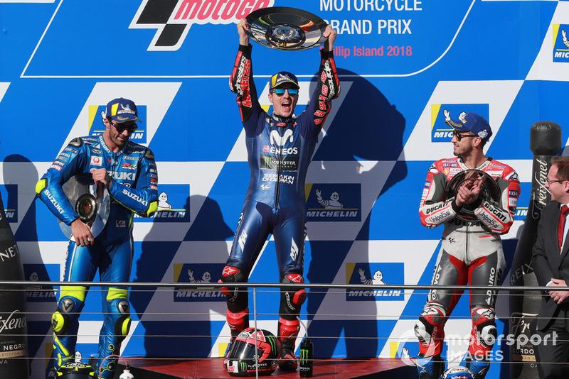 Podio: ganador de la carrera Maverick Viñales, Yamaha Factory Racing, segundo clasificado Andrea Iannone, Team Suzuki MotoGP, tercer clasificado Andrea Dovizioso, Ducati Team