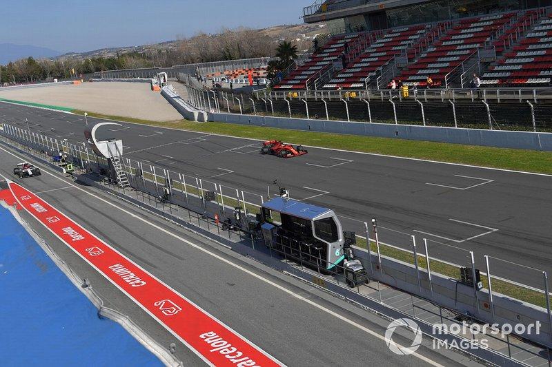 Sebastian Vettel, Ferrari SF90 et Kimi Raikkonen, Alfa Romeo Racing C38