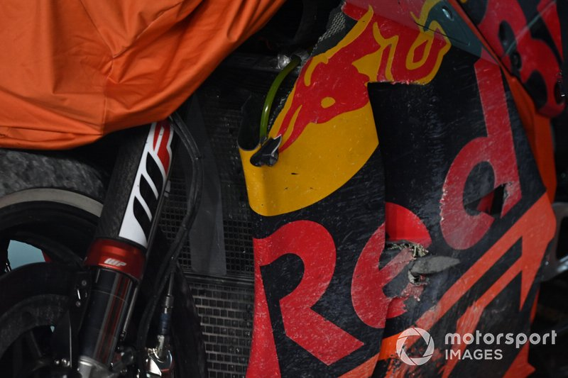 The chrashed bike of Johann Zarco, Red Bull KTM Factory Racing