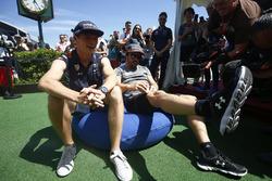 Max Verstappen, Red Bull Racing, Fernando Alonso, McLaren
