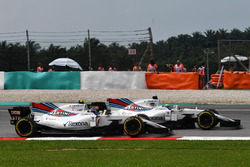 Felipe Massa, Williams FW40 and Lance Stroll, Williams FW40 battle