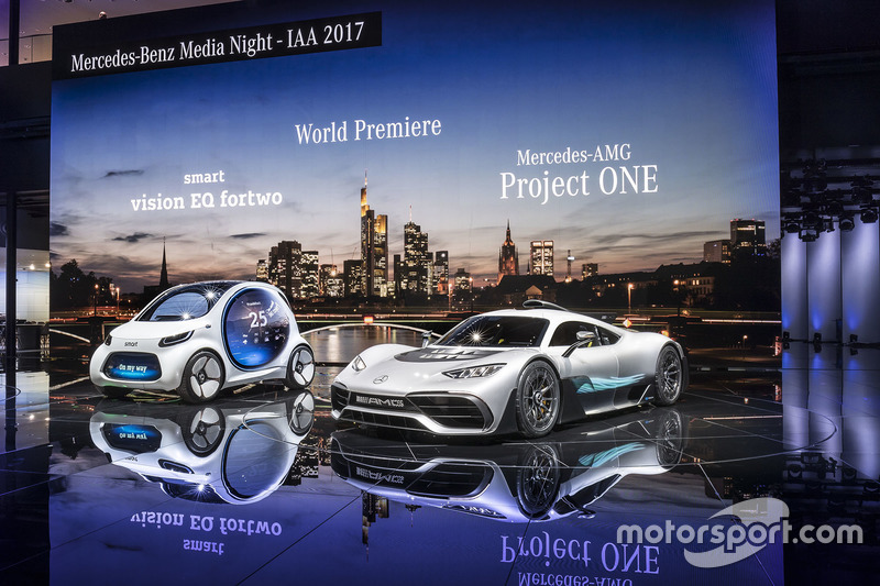 The smart vision EQ fortwo and the Showcar Mercedes-AMG Project ONE