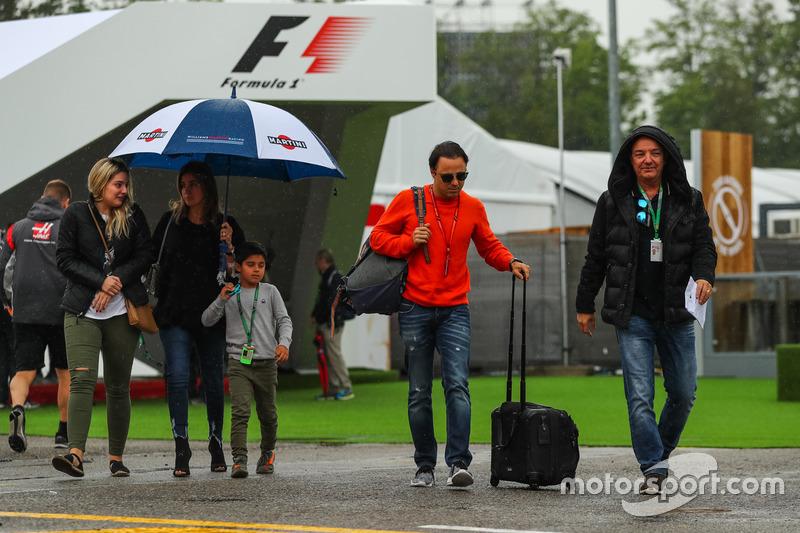 Felipe Massa, Williams, his wife Rafaela Bassi, son Felipinho Massa (BRA)