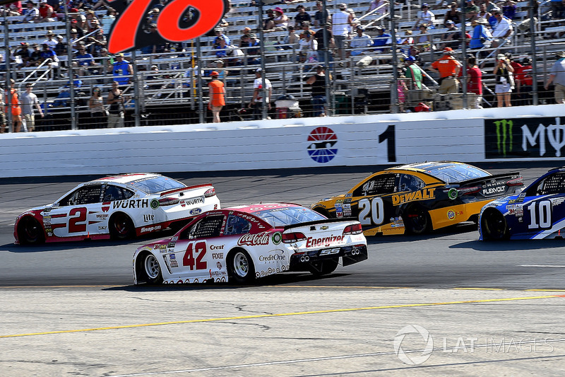 Brad Keselowski, Team Penske Ford, Kyle Larson, Chip Ganassi Racing Chevrolet, Matt Kenseth, Joe Gibbs Racing Toyota,, Danica Patrick, Stewart-Haas Racing Ford