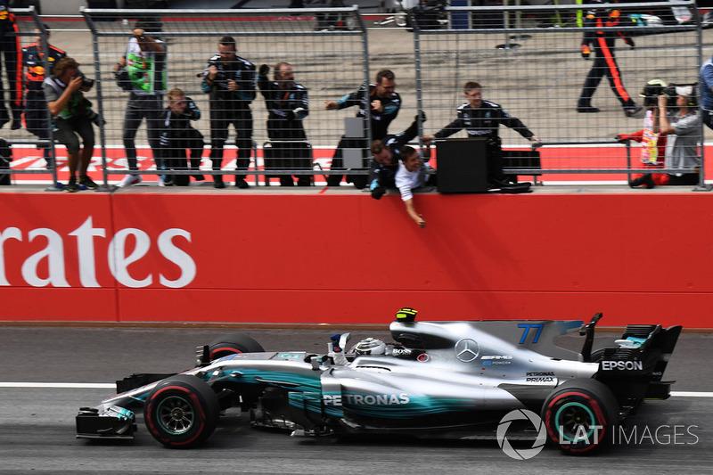 Mais um importante passo foi dado na Áustria: com uma punição no grid a Hamilton, Bottas teve tranquilidade ao anotar a pole e liderar de ponta a ponta, obtendo sua segunda vitória na F1.