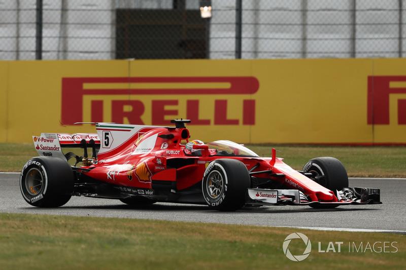 Sebastian Vettel, Ferrari SF70-H, mit Cockpitschutz Shield
