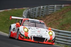 #12 Manthey Racing, Porsche 911 GT3 R: Otto Klohs, Mathieu Jaminet, Lars Kern