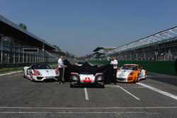 Andreas Seidl, director del equipol Porsche Team, Fritz Enzinger, Vice Presidente LMP1 Porsche Team durante el lanzamiento de Porsche Team
