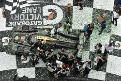 #5 Action Express Racing Cadillac DPi, P: Joao Barbosa, Christian Fittipaldi, Filipe Albuquerque, celebrate the win in victory lane