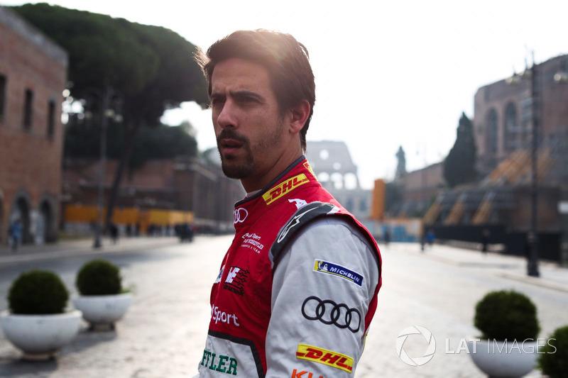 """<img src=""""https://cdn-0.motorsport.com/static/img/cfp/0/0/0/0/30/s3/brazil-2.jpg"""" alt="""""""" width=""""20"""" height=""""12"""" /> #1 Lucas Di Grassi, Audi Sport ABT Schaeffler"""