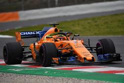 Stoffel Vandoorne, McLaren MCL33, avec de la peinture aérodynamique sur le Halo