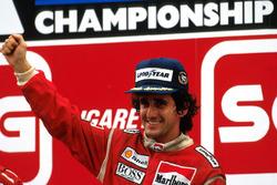 Подиум: победитель Ален Прост, McLaren
