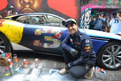 Daniel Ricciardo, Red Bull Racing with the street art styled Aston Martin DB11 in Hosier Lane