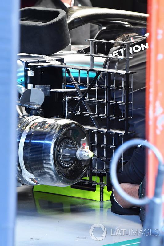 Аэродинамические датчики на Alfa Romeo Sauber C37