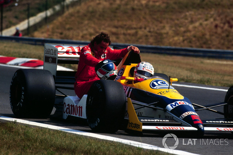 Budapest 1988 : Nigel Mansell (Williams) carica Gerhard Berger (Ferrari)