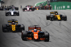 Fernando Alonso, McLaren MCL32, Nico Hulkenberg, Renault Sport F1 Team RS17, Carlos Sainz Jr., Renault Sport F1 Team RS17, Felipe Massa, Williams FW40, on the formation lap