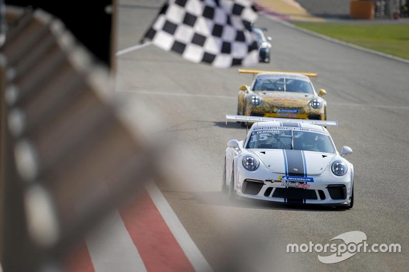 توم أوليفانت يفوز بسباق البحرين الثاني أمام زيد أشكناني
