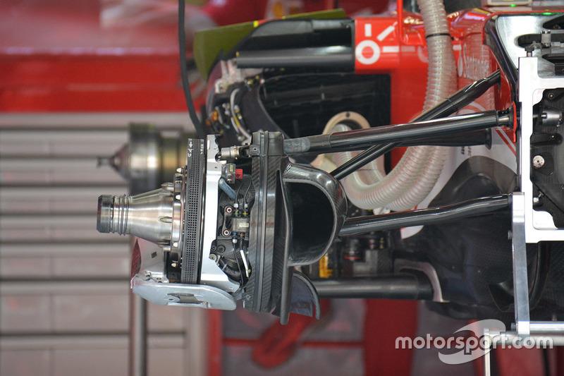 Ferrari SF16-H disc brake detail