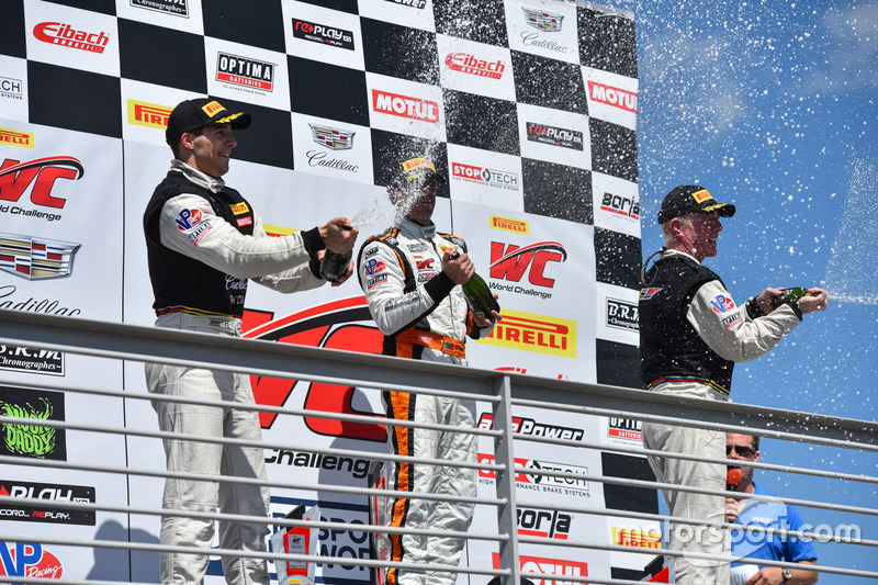 Podium GT: 1. Alvaro Parente, K-Pax Racing; 2. Michael Cooper, Cadillac Racing; 3. Johnny O'Connell, Cadillac Racing
