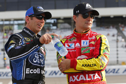 Greg Biffle, Roush Fenway Racing Ford, Jeff Gordon, Hendrick Motorsports Chevrolet