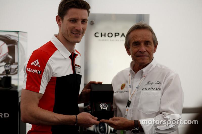 #91 Porsche Motorsport Porsche 911 RSR: Kevin Estre y Jacky Ickx