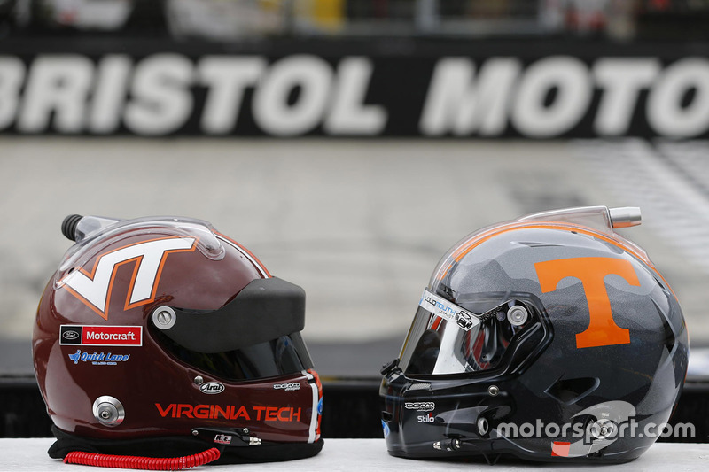 Virginia Tech vs Tennessee helmets