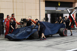 The crashed car of Max Verstappen, Red Bull Racing RB14 is returned in Qualifying