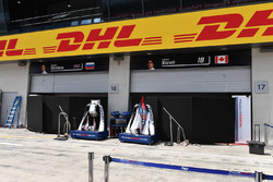 Williams garage screens
