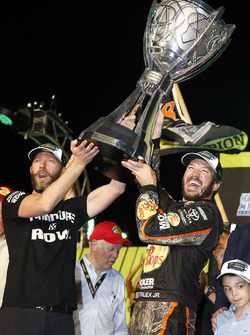 2017 champion Martin Truex Jr., Furniture Row Racing Toyota, crew chief Cole Pearn