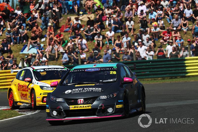 Geoff Bodine Honda >> Dan Lloyd Btc Norlin Honda Civic At Croft