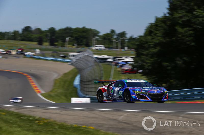 #93 Michael Shank Racing con Curb-Agajanian Acura NSX, GTD: Lawson Aschenbach, Justin Marks