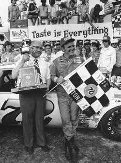 Race winner Benny Parsons