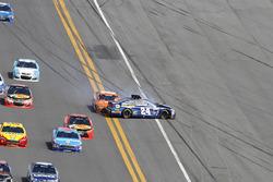 Crash: Chase Elliott, Hendrick Motorsports Chevrolet