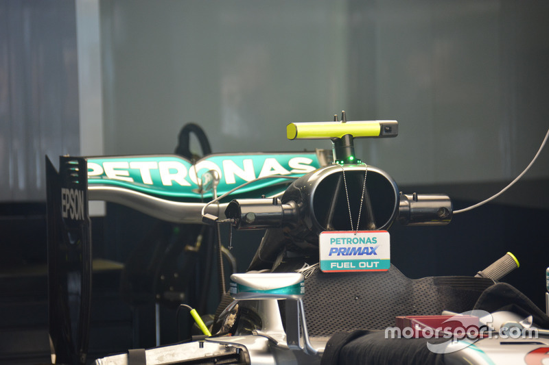 Mercedes AMG F1 W07 Hybrid, Airbox and rear wing