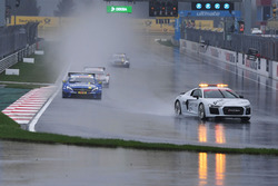 Start behind the safety car
