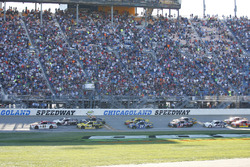 Relance: Ryan Blaney, Wood Brothers Racing Ford leads
