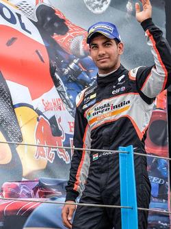 Podio: il terzo classificato Jehan Daruvala, Josef Kaufmann Racing