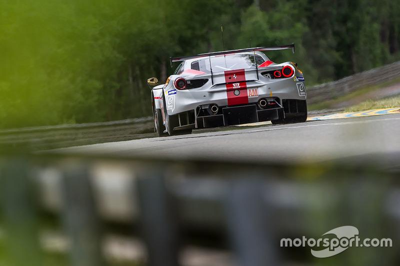 #54 Spirit of Race, Ferrari 488 GTE: Thomas Flohr, Francesco Castellacci, Olivier Beretta