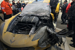 #4 Corvette Racing Chevrolet Corvette C7.R: Оливер Гэвин, Томми Милнер, Марсель Фесслер после большого пожара