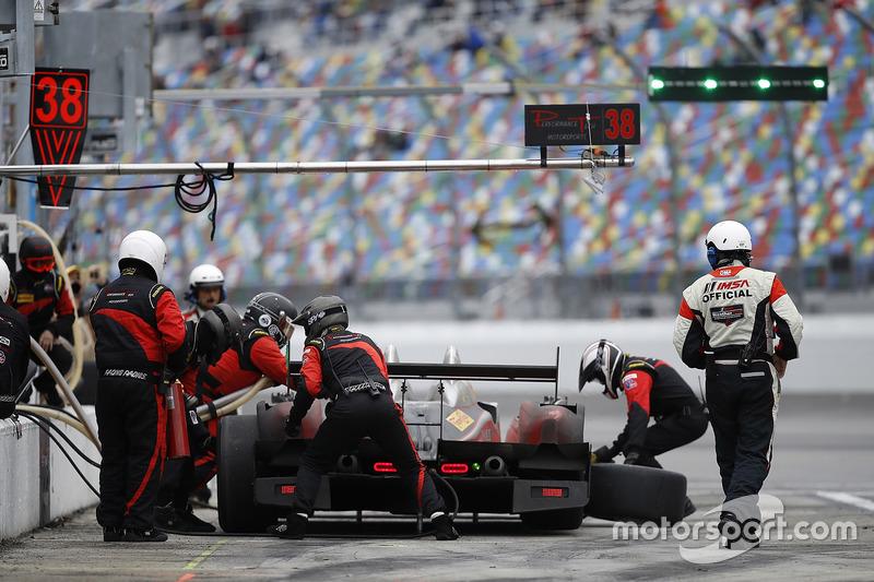 #38 Performance Tech Motorsports ORECA FLM09: James French, Kyle Mason, Patricio O'Ward, Nicholas Boulle, acción en pits