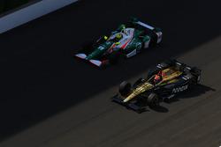 James Hinchcliffe, Schmidt Peterson Motorsports Honda, Spencer Pigot, Juncos Racing Chevrolet