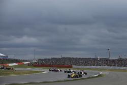 Nico Hulkenberg, Renault Sport F1 Team RS17, Esteban Ocon, Sahara Force India F1 VJM10, Valtteri Bottas, Mercedes AMG F1 W08, Sergio Perez, Sahara Force India F1 VJM10