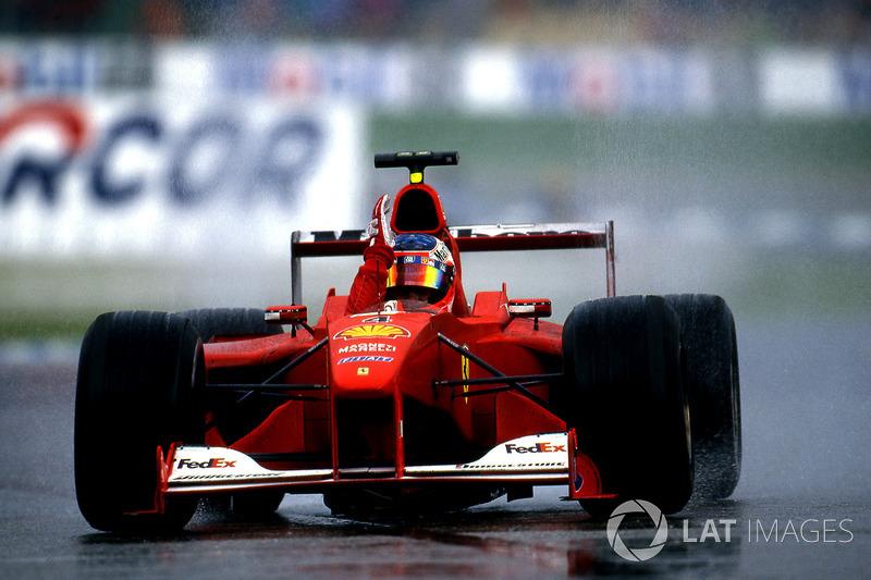 Podio: ganador de la carrera Rubens Barrichello, Ferrari F1 2000, segundo lugar Mika Hakkinen, Mcla
