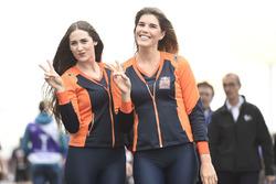 Chicas de Red Bull KTM Factory Racing