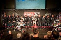 Marcel Schrötter und Sandro Cortese mit dem Team Dynavolt Intact GP