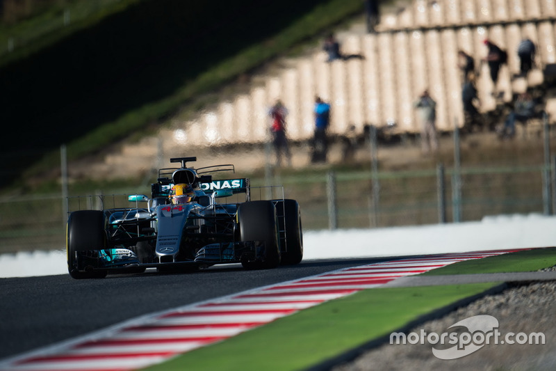Lewis Hamilton, Mercedes AMG F1 W08 rodando con sensores