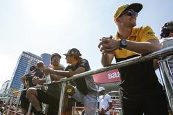Nico Hulkenberg, Renault Sport F1 Team, Fernando Alonso, McLaren, Carlos Sainz Jr., Scuderia Toro Rosso